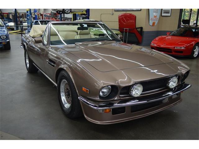 1989 Aston Martin V8 (CC-1492251) for sale in Huntington Station, New York