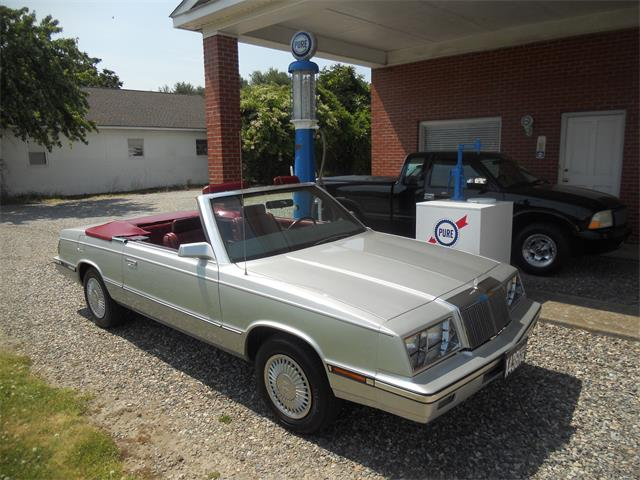 1985 Chrysler LeBaron (CC-1490245) for sale in Irvington, Virginia
