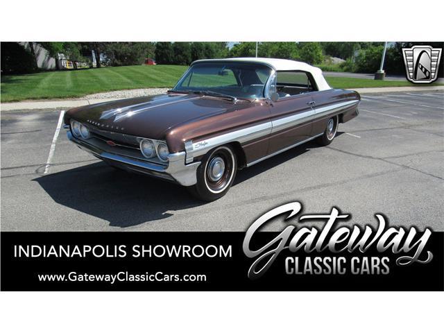 1961 Oldsmobile Starfire (CC-1490043) for sale in O'Fallon, Illinois