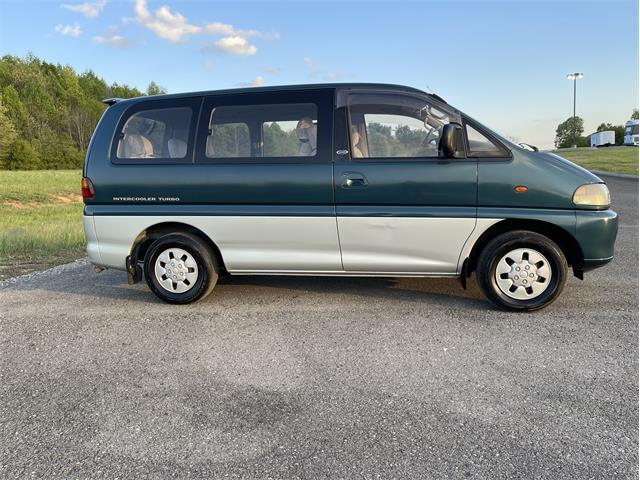 1995 Mitsubishi Delica (CC-1490642) for sale in Cleveland, Tennessee