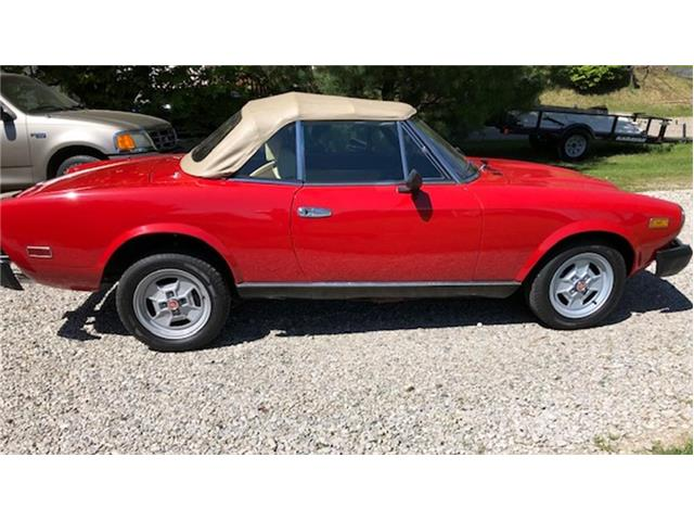 1980 Fiat 124 Spider 2000 (CC-1504839) for sale in Laingsburg, Michigan
