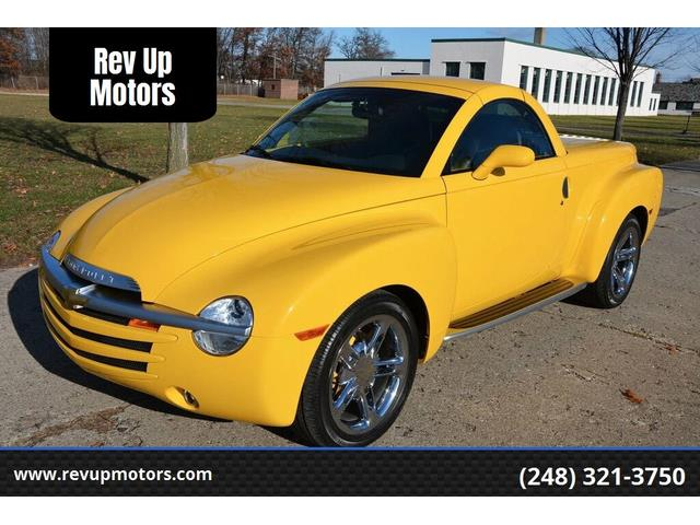 2004 Chevrolet SSR (CC-1505320) for sale in Shelby Township, Michigan