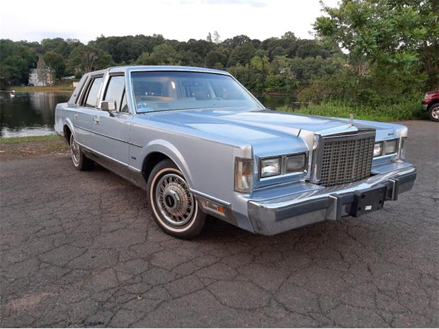 1985 Lincoln Town Car (CC-1507242) for sale in Meriden, Connecticut