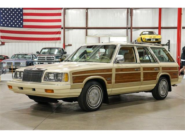 1986 Chrysler Town & Country (CC-1507332) for sale in Kentwood, Michigan