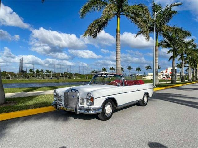 1963 Mercedes-Benz 220SE (CC-1507433) for sale in Cadillac, Michigan