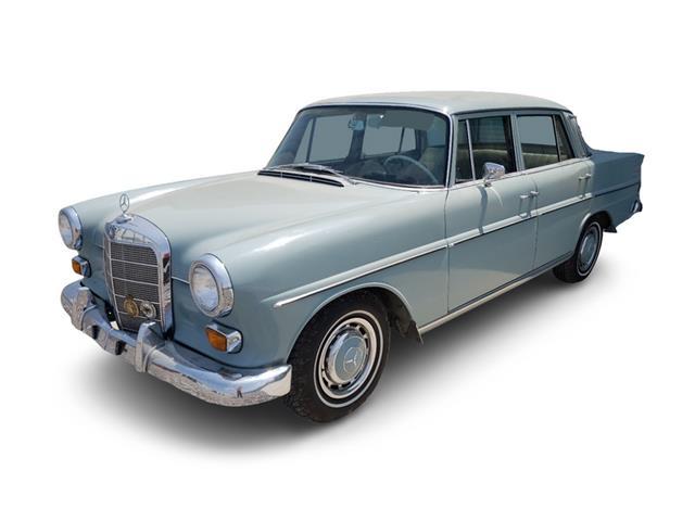1966 Mercedes-Benz 230 (CC-1508864) for sale in Glendale, California