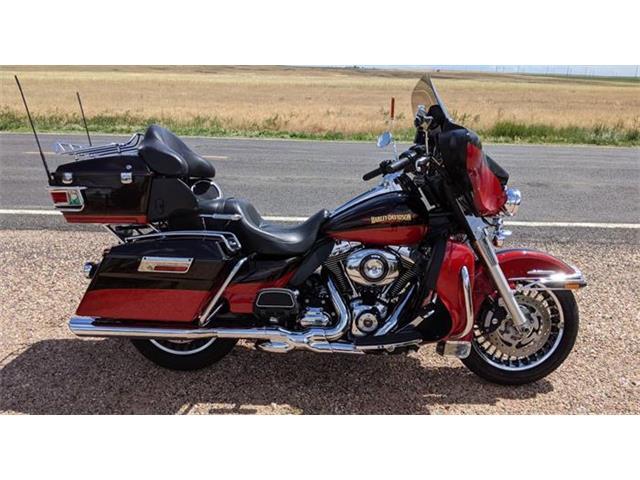 2010 Harley-Davidson Electra Glide (CC-1511640) for sale in Cadillac, Michigan