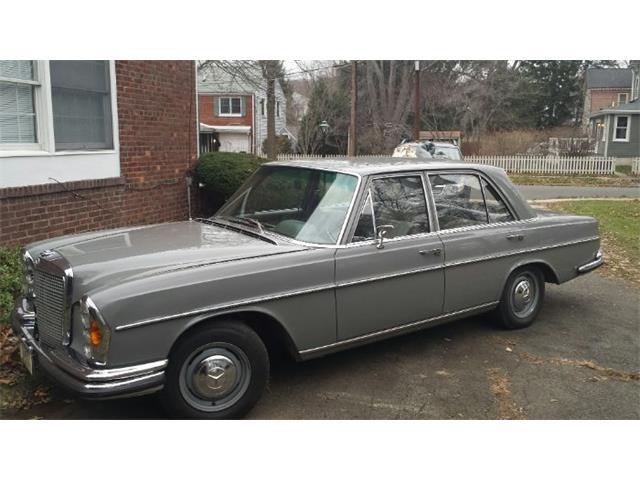 1966 Mercedes-Benz 250 (CC-1514376) for sale in Cadillac, Michigan