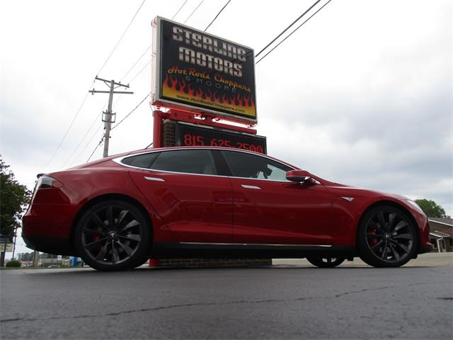 2014 Tesla Model S (CC-1517365) for sale in Sterling, Illinois