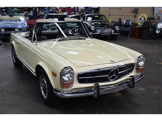 1970 Mercedes-Benz 280SL (CC-1517461) for sale in Huntington Station, New York