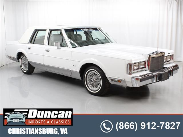 1988 Lincoln Town Car (CC-1517701) for sale in Christiansburg, Virginia