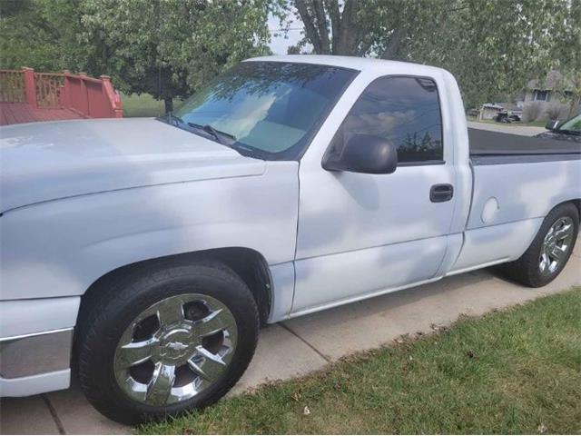 2003 Chevrolet Silverado (CC-1522555) for sale in Cadillac, Michigan