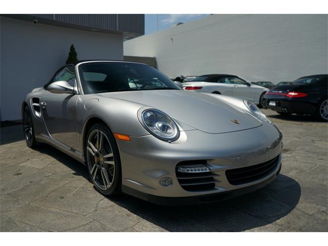2011 Porsche 911 (CC-1522701) for sale in Sherman Oaks, California