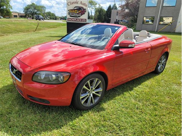 2010 Volvo C70 (CC-1523026) for sale in Troy, Michigan