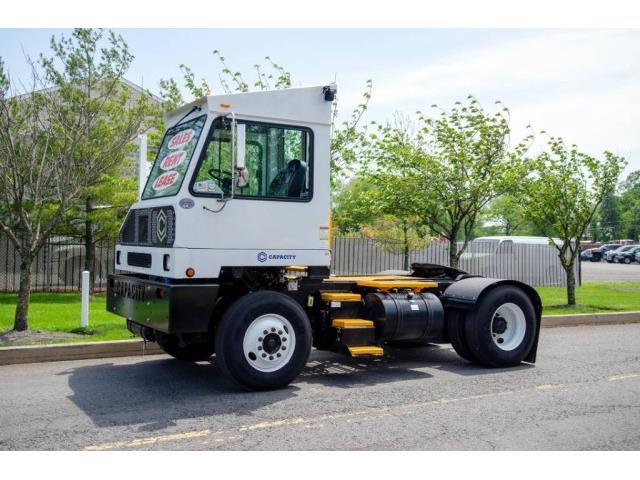 2019 Capacity Truck (CC-1523033) for sale in Bristol, Pennsylvania