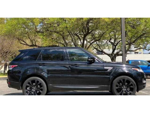 2015 Land Rover Range Rover (CC-1523687) for sale in Cadillac, Michigan