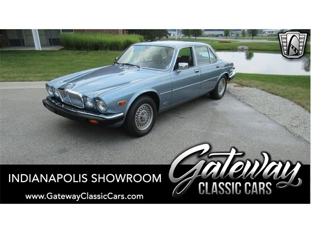 1987 Jaguar XJ6 (CC-1523809) for sale in O'Fallon, Illinois