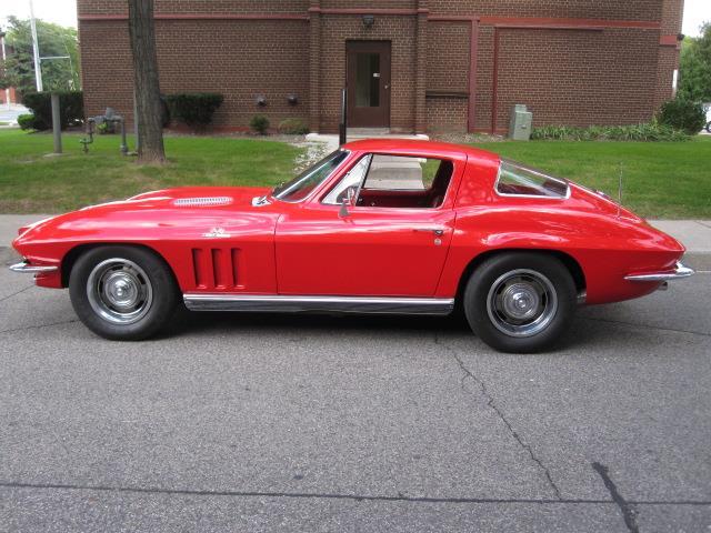 1966 Chevrolet Corvette (CC-1524223) for sale in Oakville, Ontario
