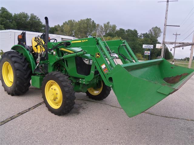 2019 John Deere Tractor (CC-1524566) for sale in Jefferson, Wisconsin