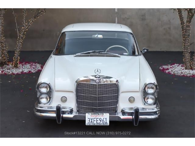 1964 Mercedes-Benz 300SE (CC-1527011) for sale in Beverly Hills, California