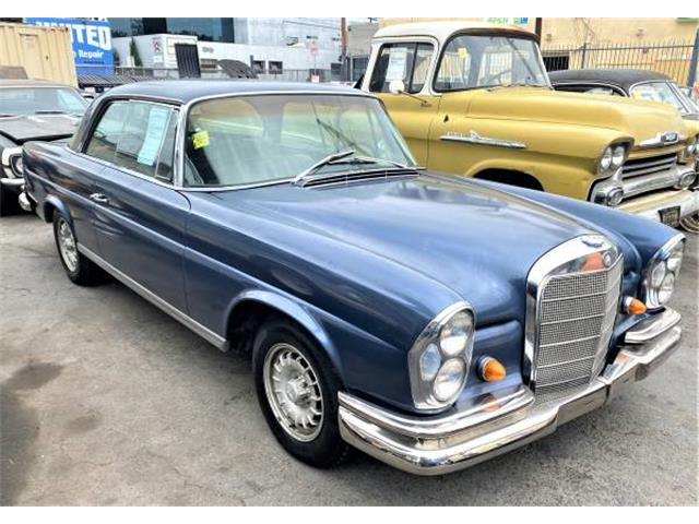 1968 Mercedes-Benz 280SE (CC-1527301) for sale in Los Angeles, California