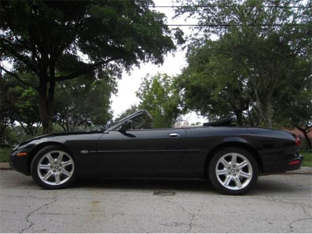 2000 Jaguar XK8 (CC-1528100) for sale in Cadillac, Michigan