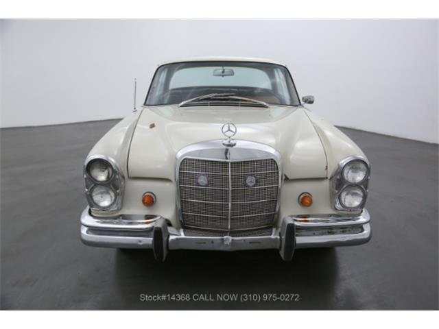 1967 Mercedes-Benz 250SE (CC-1529651) for sale in Beverly Hills, California