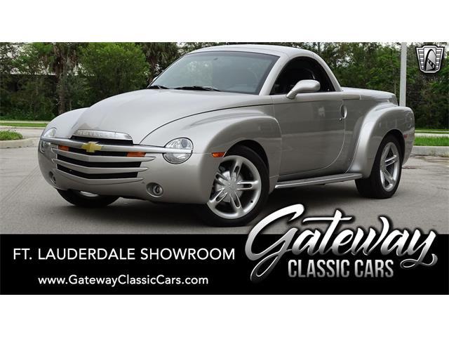 2004 Chevrolet SSR (CC-1530112) for sale in O'Fallon, Illinois