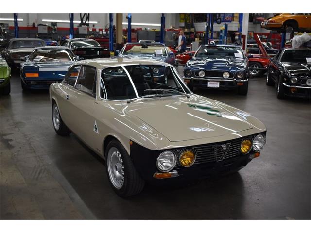 1974 Alfa Romeo GTV 2000 (CC-1531132) for sale in Huntington Station, New York