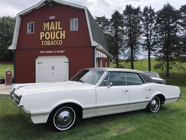 1966 Oldsmobile Cutlass Supreme (CC-1531394) for sale in Latrobe, Pennsylvania