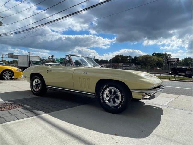 1965 Chevrolet Corvette (CC-1532354) for sale in Cadillac, Michigan