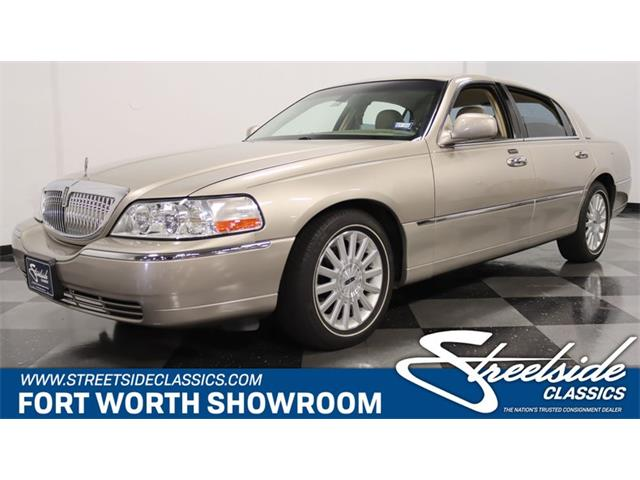 2003 Lincoln Town Car (CC-1533213) for sale in Ft Worth, Texas