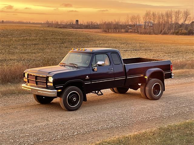 1993 Dodge 3500 (CC-1533559) for sale in Lloydminster , Saskatchewan
