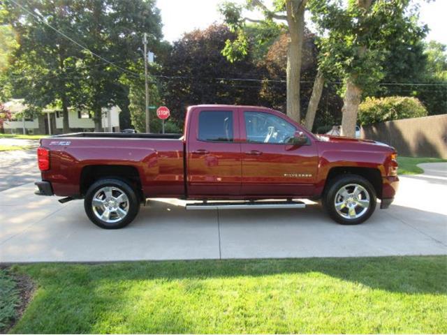 2016 Chevrolet Silverado (CC-1530559) for sale in Cadillac, Michigan