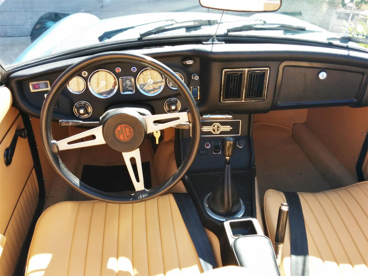 1973 MG MGB (CC-612346) for sale in Oceanside, California