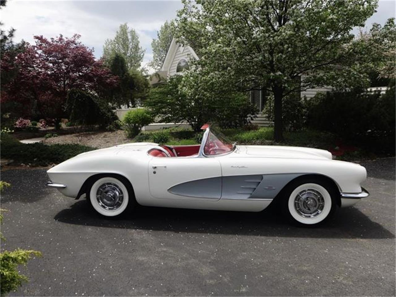 1961 Chevrolet Corvette (CC-715340) for sale in Old Forge, Pennsylvania