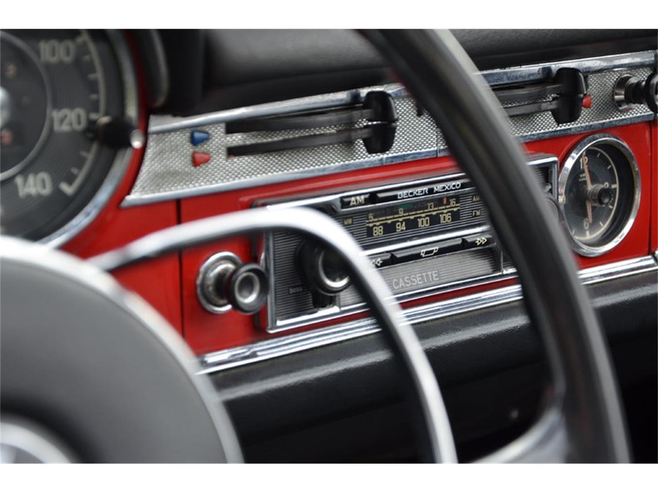 1967 Mercedes-Benz 230SL (CC-719371) for sale in Holland, Michigan
