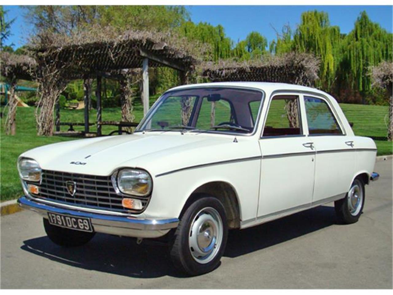 Cohort Capsule: Peugeot 204 Coupe - Sweet Baby Peugeot