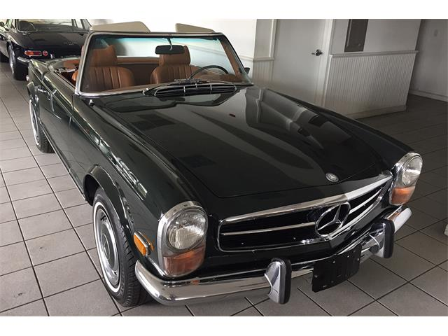 1970 Mercedes-Benz 280SL (CC-915327) for sale in Southampton, New York
