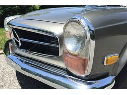 1970 Mercedes-Benz 280SL (CC-920322) for sale in Southampton, New York