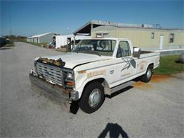 1983 Ford F250 (CC-938662) for sale in Staunton, Illinois