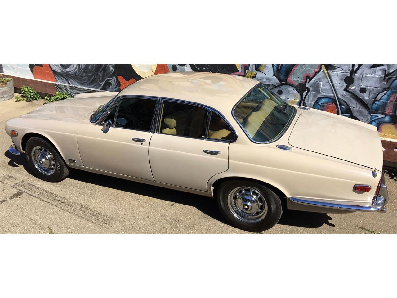 1971 Jaguar XJ6 for Sale | ClassicCars.com | CC-964208